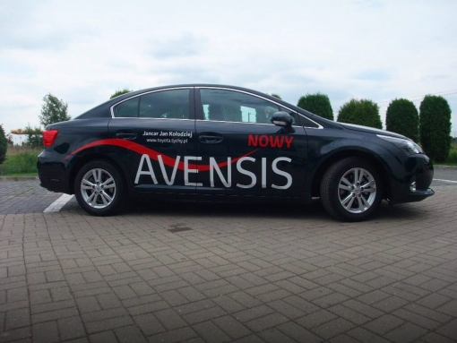 test-toyota-avensis-a